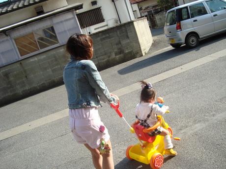 ゆのん三輪車 004.jpg